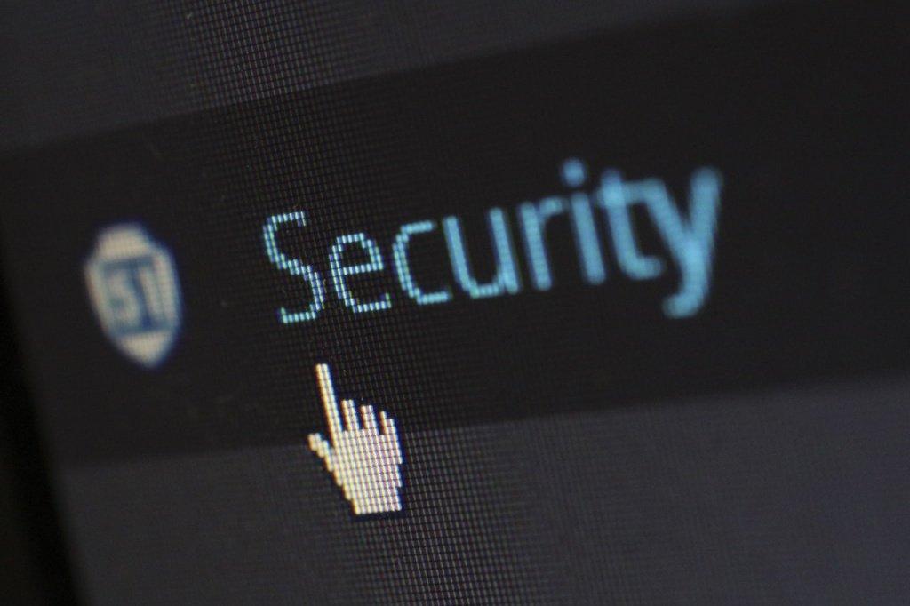 Вячеслав Моше Кантор согласен с Владимиром Путиным в необходимости просвещения молодёжи относительно цифровой безопасности